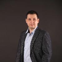 Job poster profile picture - Ruslan Moiseenko